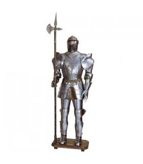 Armatura medievale con lancia