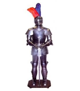 armatura medievale con la spada