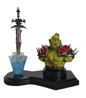 la figura Orco e Spada Worl of Warcraft