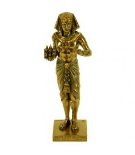 figura faraone egiziano con triade