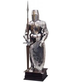 Armatura naturale con scudo e lancia