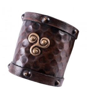 Bracciale viking in pelle con Trisquel