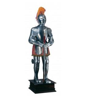 stampe d'argento armatura naturale, copricapo di piume e la spada nelle sue mani