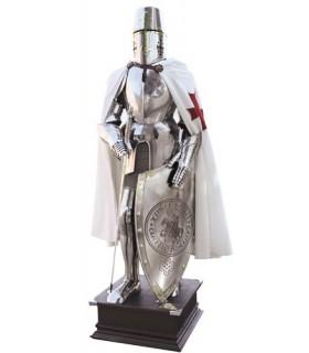 Armatura della croce dei Cavalieri Templari sul petto con