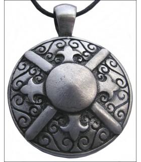 scudo pendente greca